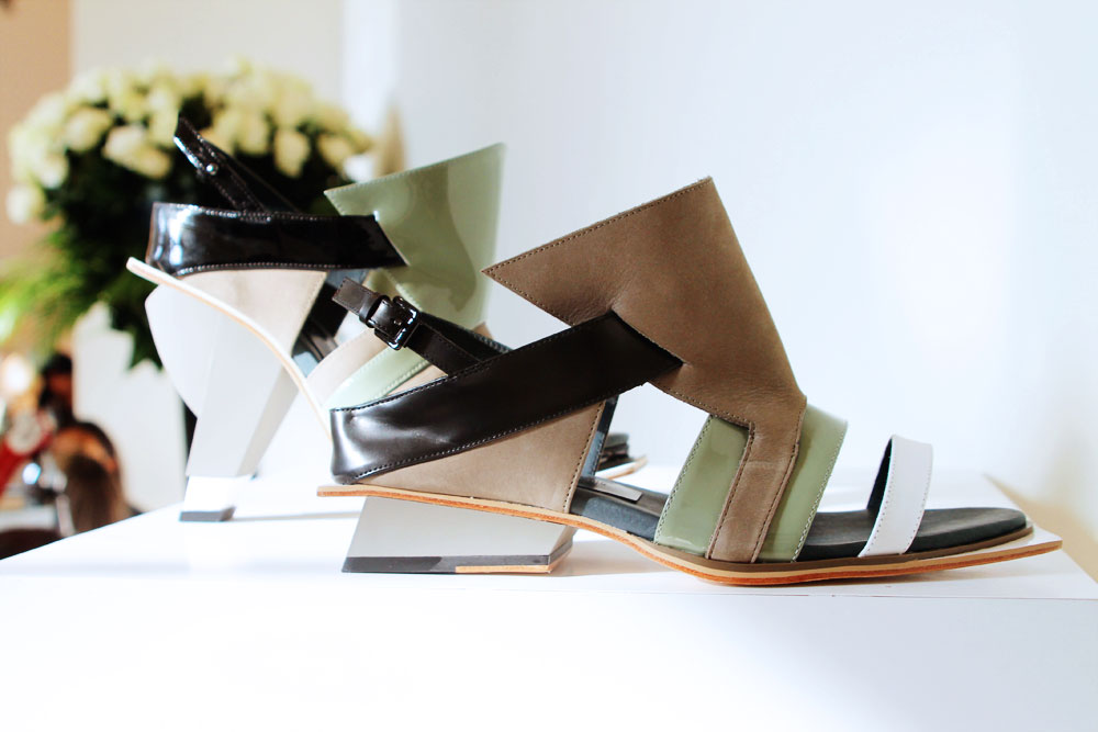 DesignerShowrooms_Shoes_Abscense_2